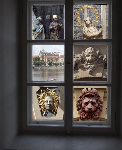 Art gallery window